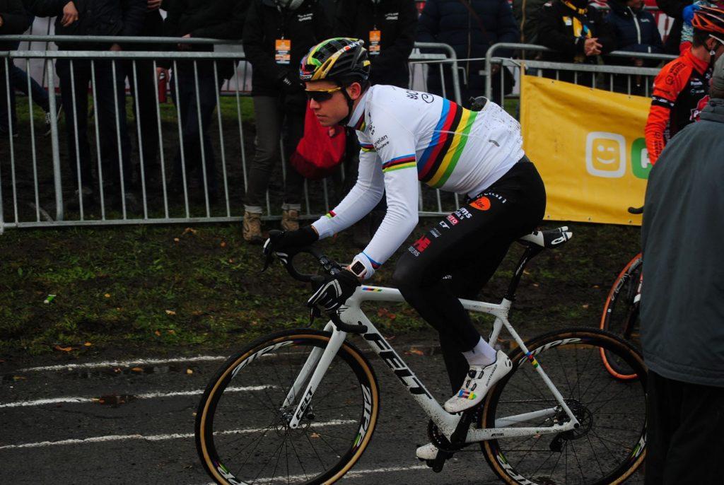 Wout Van Aert wurde Dritter beim Urban Cross in Kortrijk