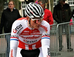 Mathieu Van der Poel fährt den Schelde Preis Cross