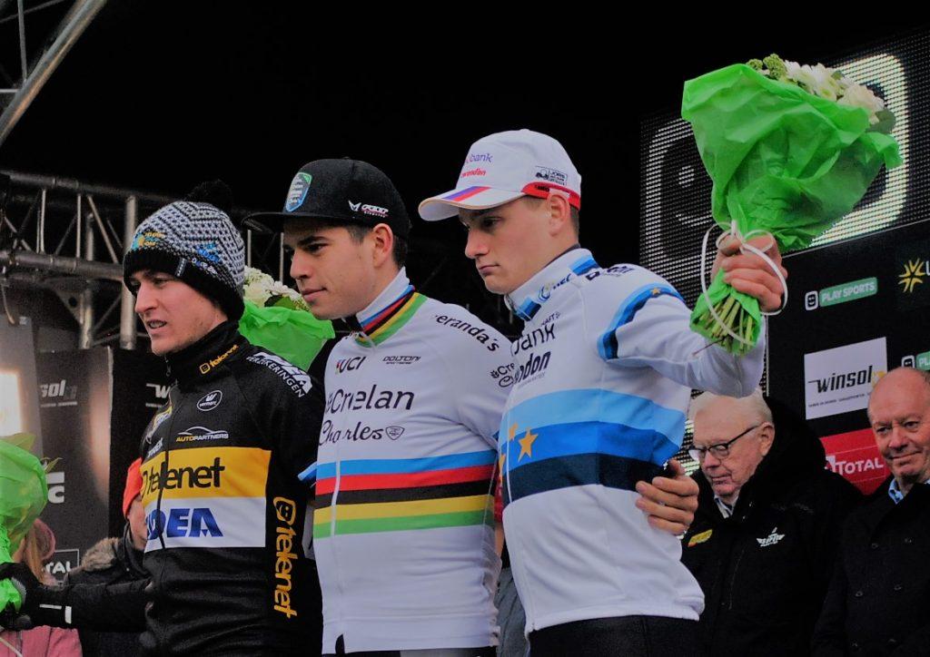 Wout Van Aert holt sich den Cyclo Cross Weltcup